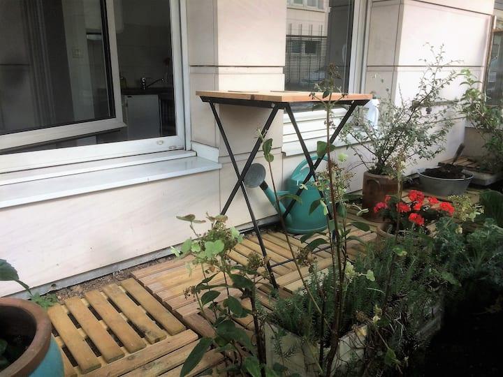 Beautiful Apartment  near Paris, parking, terrace