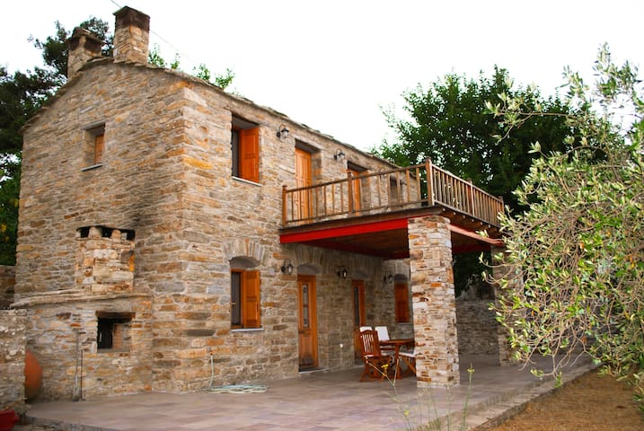 Oliveland House - Traditional stone built cottage - Raches - House