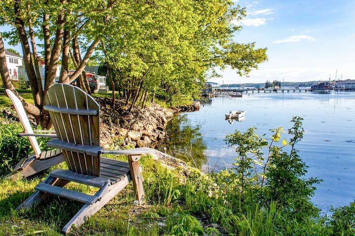 Historic Boothbay Harbor Cottage
