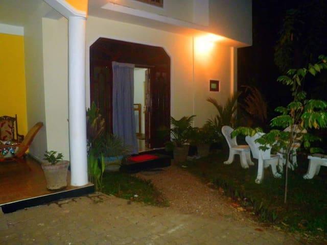 Sigiri Sunrise Villa - Sigiriya - Apartment