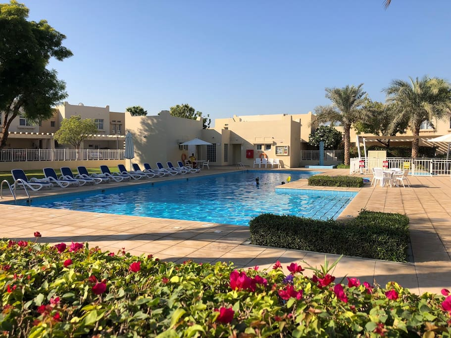 Large main Pool, children's pool, changing rooms, WC's with life guard on duty.