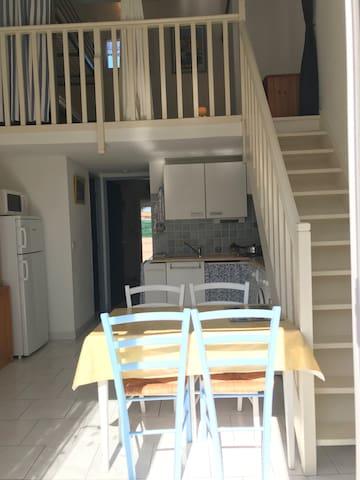 Maison de vacances 2 pièces/mezz-St Cyprien Plage