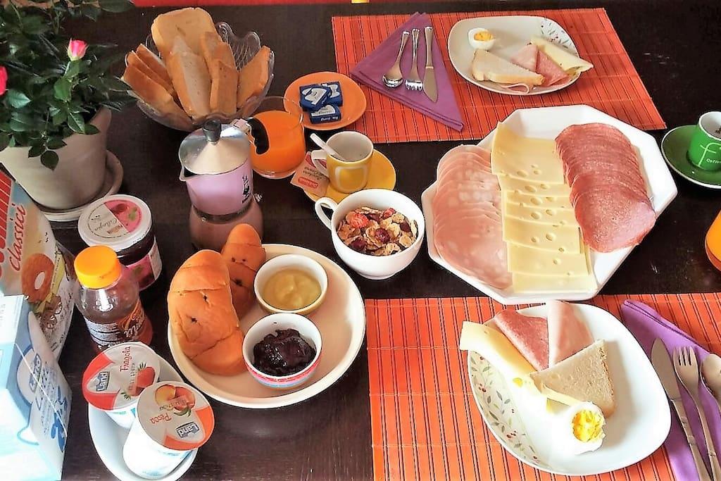 Prima colazione/Breakfast