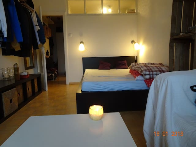 Romantic Room 3 stops from Munich central station