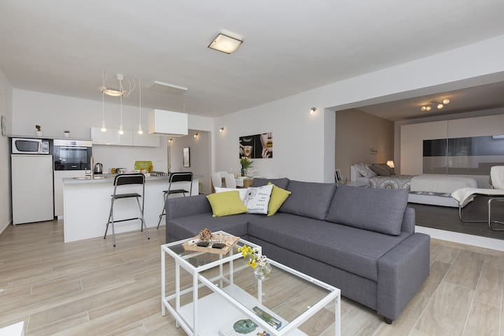 Modern and stylish apartment Leni near Labin