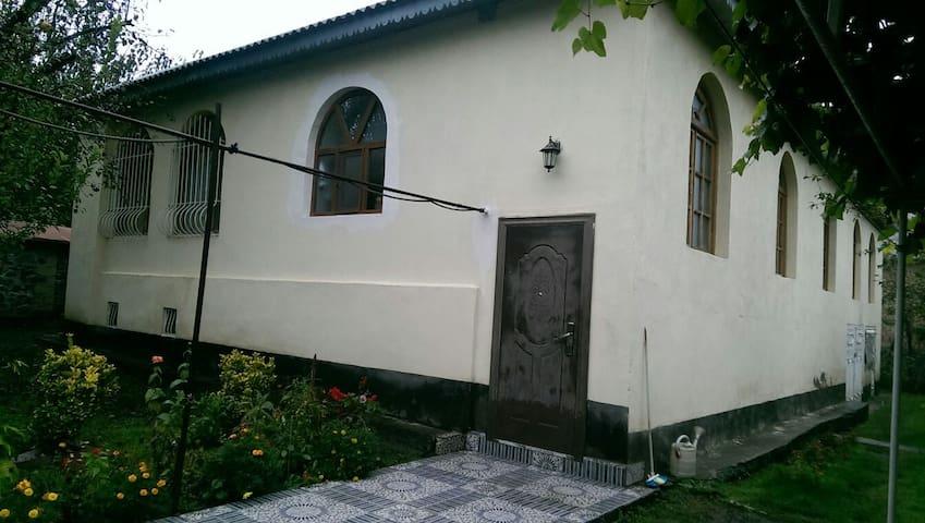 Gabala living guest room - Qəbələ - Hus