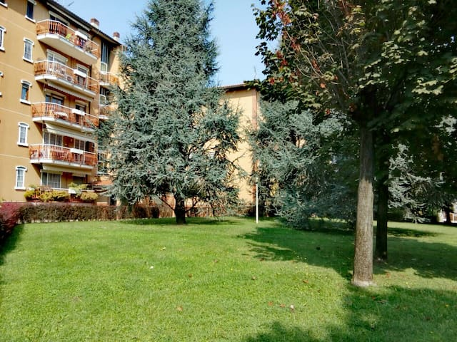 La tua casa vicino Milano immersa nel verde