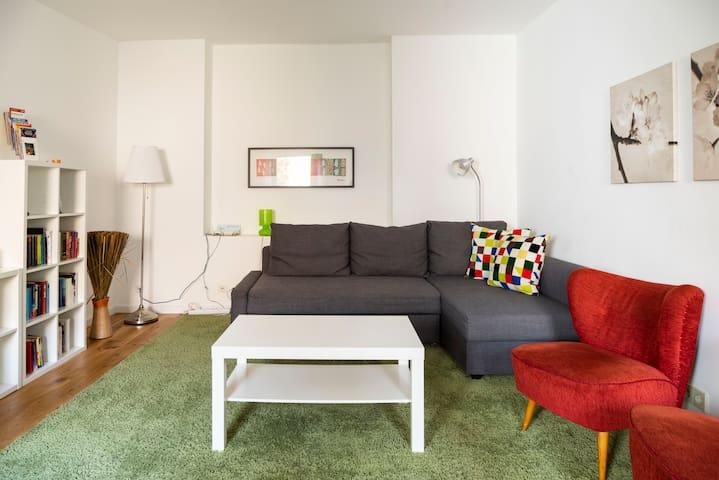 Quiet apartment in the heart of Kreuzberg
