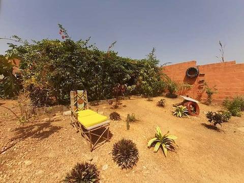Gîte ENTIER surplombant la ville de Natitingou.