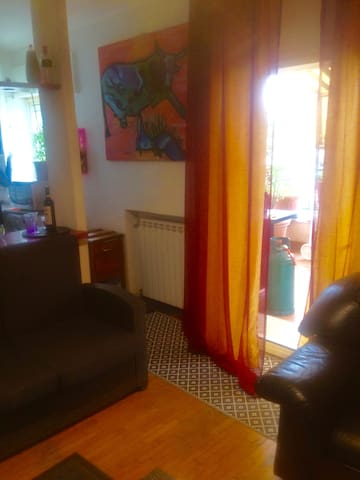 Top floor apartment with terrace. Area Guistiana.