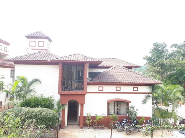 Whispering chalet bungalows for rent in lonavala Lonavala bungalows for rent swimming pool
