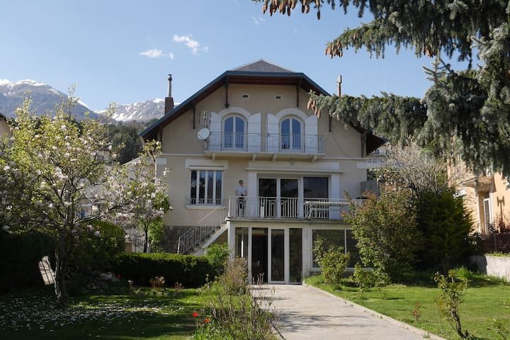 GREAT HOLIDAY MENSION - Embrun - Villa