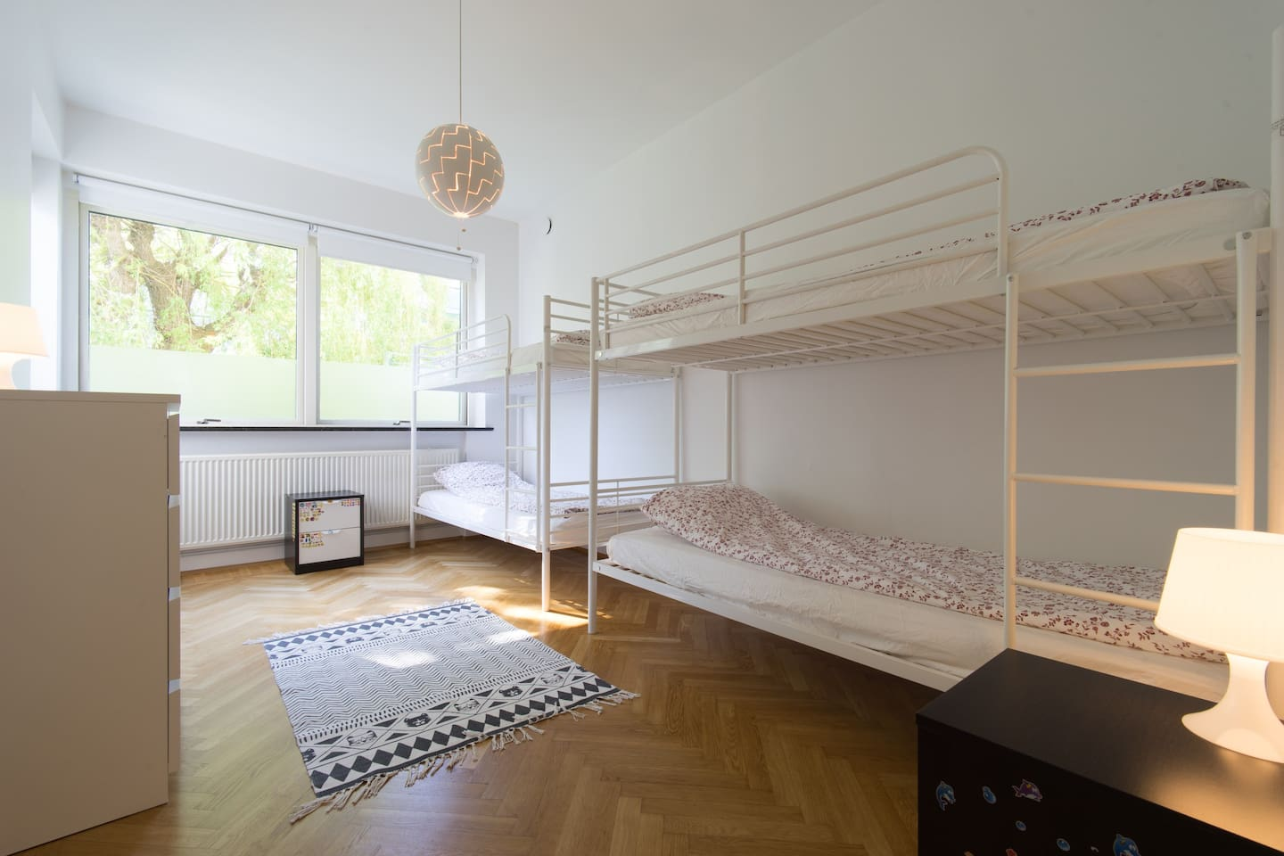 bedroom with double bunkbeds 90x200cm
