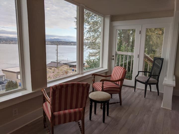 Gorgeous Lake Washington View and Special Price