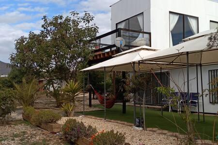 Casa en la playa,La Ballena,Los Quinquelles