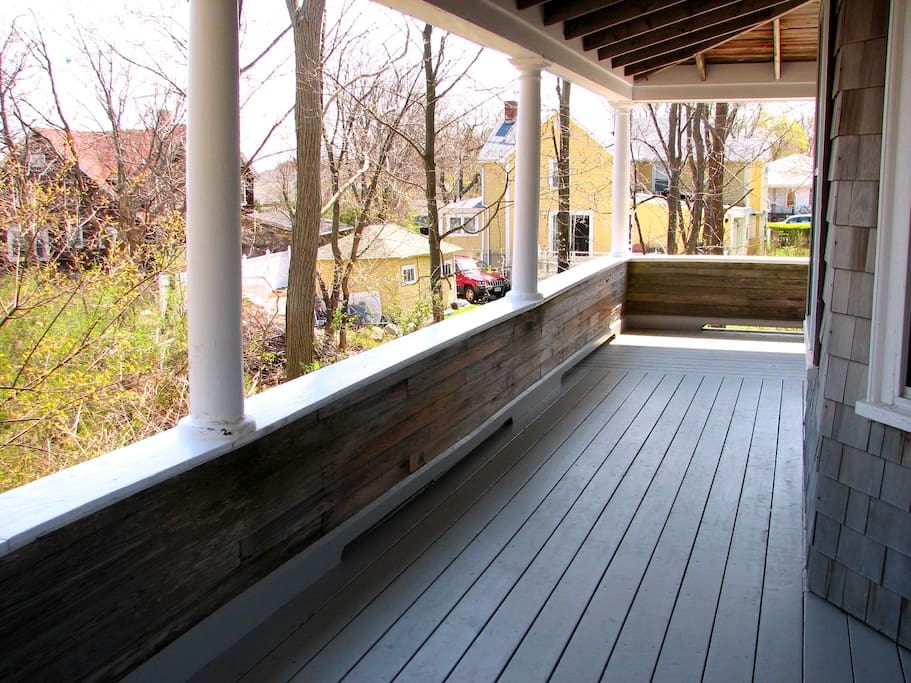 Golden Sands-Semi wrap around porch.