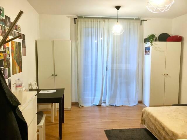View of the room / Ansicht des Zimmers / Vista della stanza