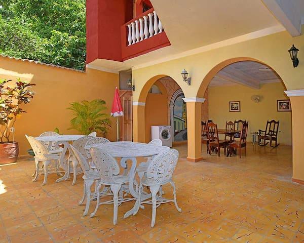 Casa Elena Trinidad (Room 2 de 3)
