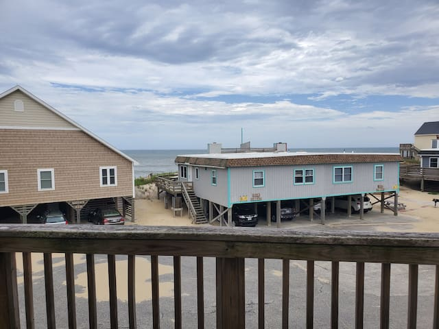 Happy Place - 3BR 3BA Oceanside Nags Head