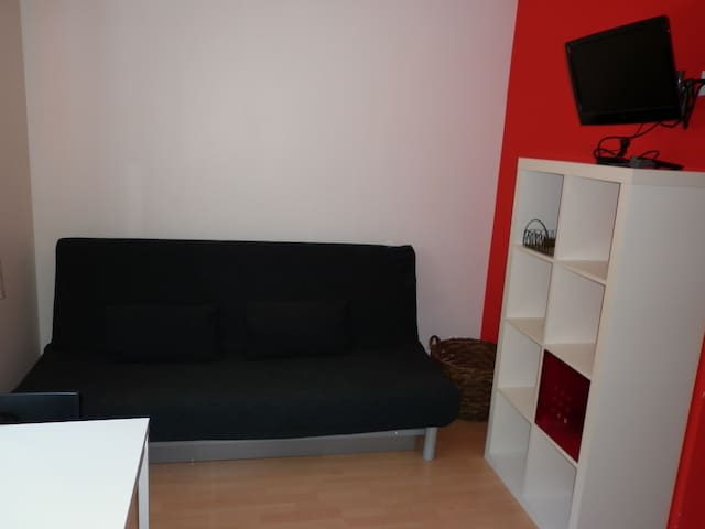 Studio rouge - Riddes - Appartement