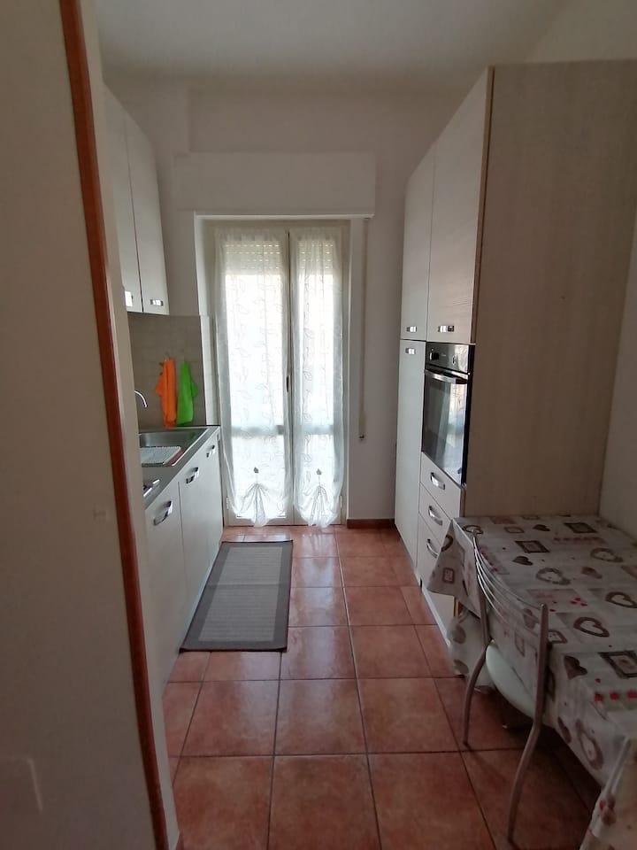 Torvaianica, intero appartamento 2 camere
