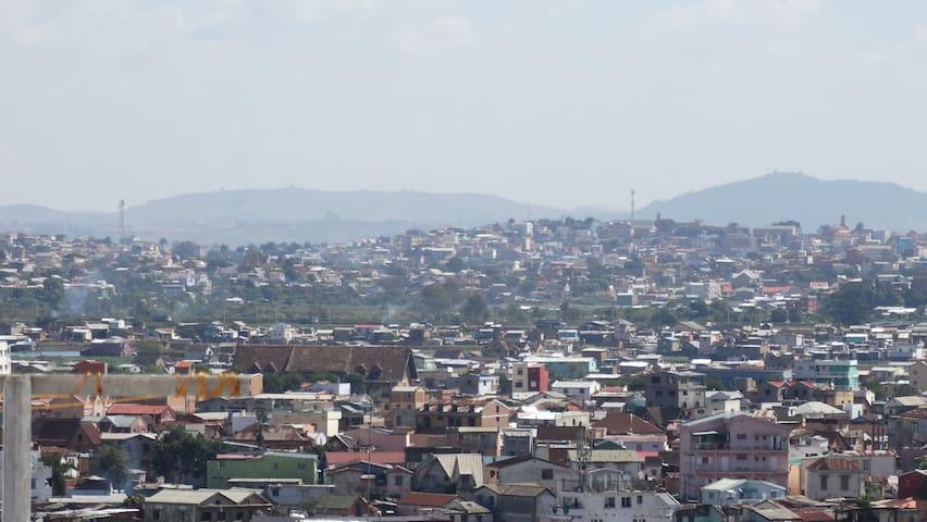 Grand T3 avec vue sur Tananarive - Antananarivo - Apartment