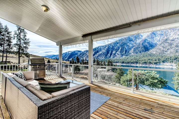 Stunning lake view home w/ a great deck, private pool, hot tub, & lawn