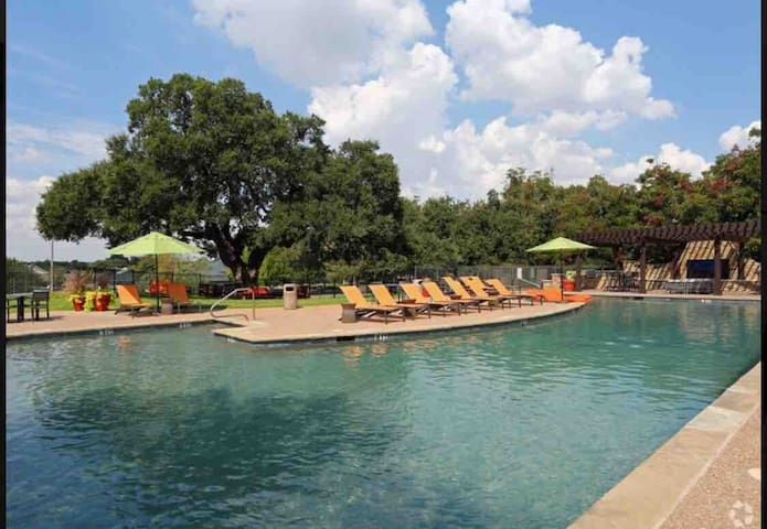 Entire apartment/TCU/clear fork/convention center