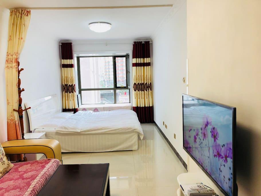 温馨浪漫的公寓,设施齐全。