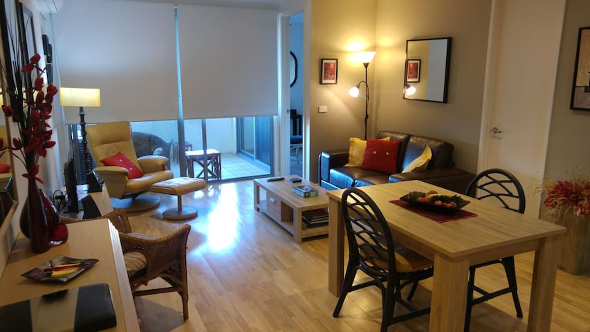 Quality meets Value 1 BdRoom Apt central location