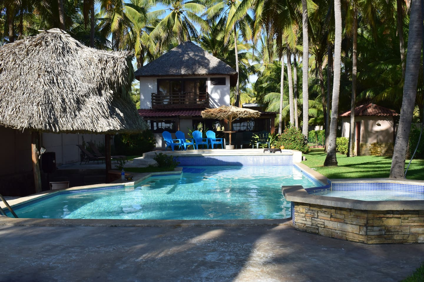 Front view of the house and Jacuzzi/Pool area.