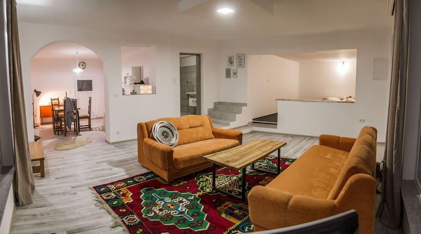 Apartment Anur