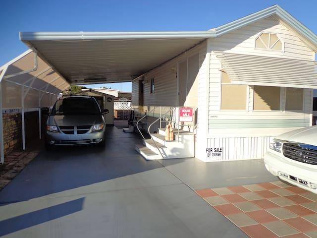 Park Model w/ Carport - Yuma - Cabin