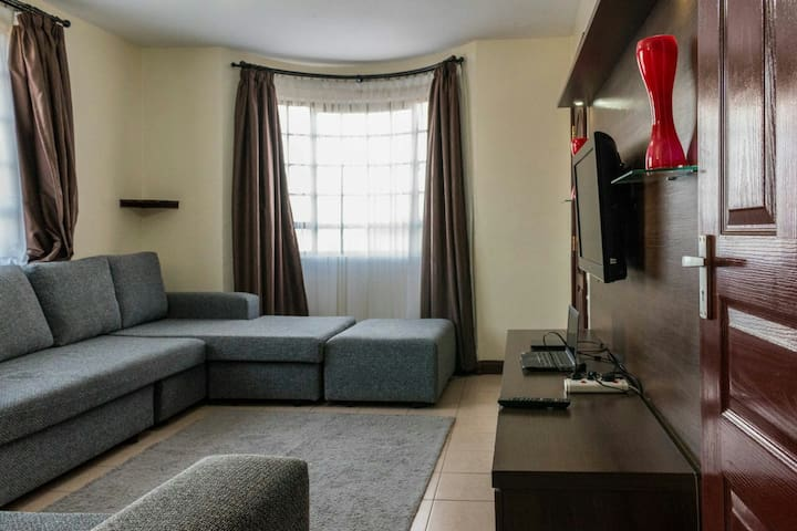 Entire Apartment  near  UN nairobi - Nairobi - Apartament