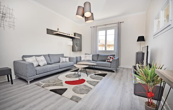Holiday apartment with 2 bedrooms on 66m² in Cannes