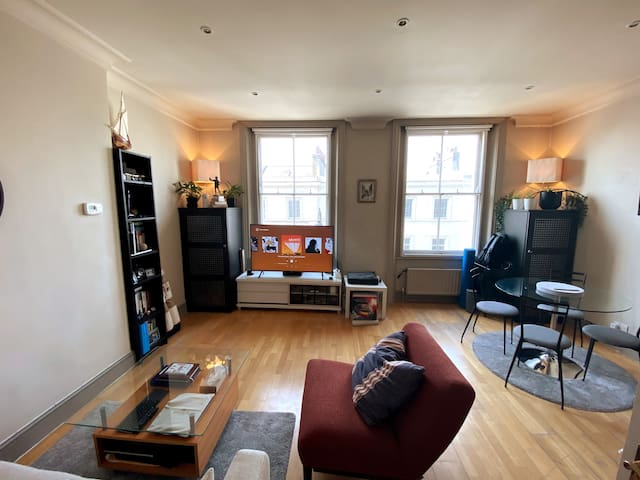 Luxurious 1 bedroom flat in South Kensington