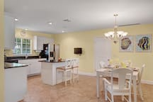 Seahorse House Kitchen & Dining