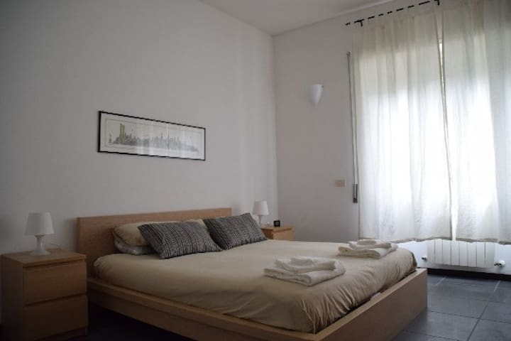 B&B Thalas - Your Room in Rome 1