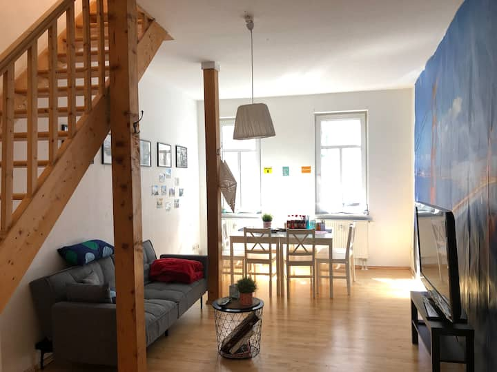 Two-story, sunny apartment at Erfurt main station