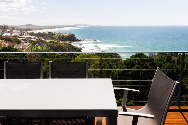 Coolum Beach Villa with breathtaking coastal views