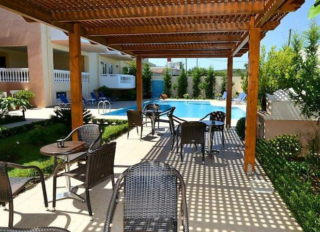 Family One Bedroom Apartment with Pool View A
