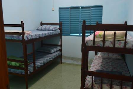 Quarto I-Hostel Kijo