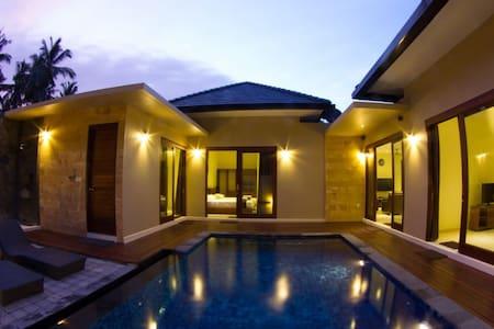 Luxury Room 1 in Villa Chi in Harmony - Batu Layar - Villa