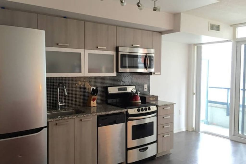 Beautiful Stainless Steel Appliances and Granite Countertops