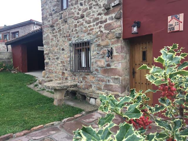 Casa rural Villafañe - Brañosera - Haus