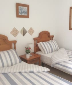 GREAT LOCATION near Beach & Airport - Playa Honda - Appartement