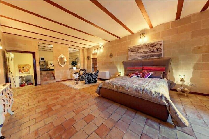 Domus Gaia Matera - 90 m. Casa Vacanze sui Sassi -
