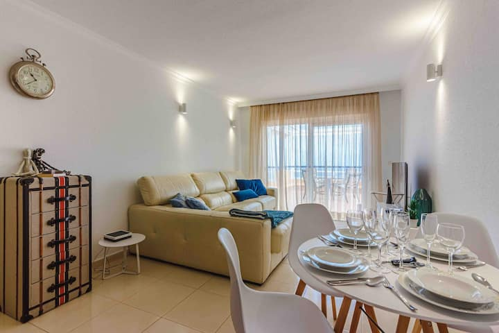 Sea view apartment Tenerife Sur- Torviscas Alto