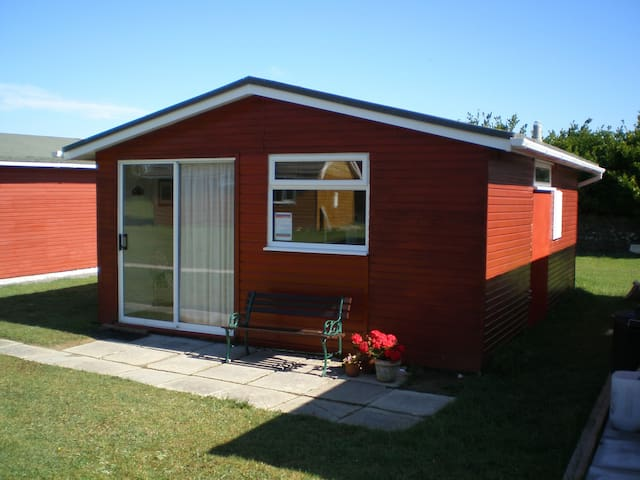 2 Bedroom 6 Berth Chalet in Padstow - Saint Merryn