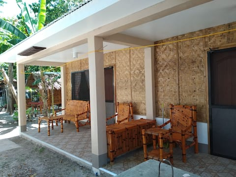 LUCENA's Homestay Aircon Room#2 for 2 to 4 guests